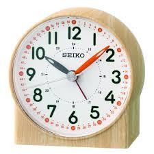 wood effect clear bedside quartz battery alarm clock qhe168y