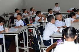 Resultado de imagen para clase en venezuela