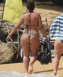 Chubby woman in thong pic