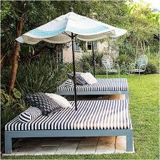 DIY Outdoor Bed