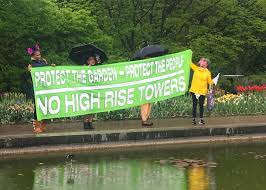 protesters at the brooklyn botanic garden all photos by the author for hyperallergic