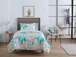 Dorm furniture target Futons Target Insider These Stores Are The Best Places To Go Dorm Room Shopping Insider