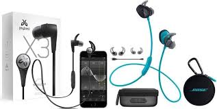 bose headphones sport box. jaybird x3 complete package on the left; bose soundsports 2 plus charger headphones sport box
