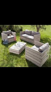 Outdoor deck furniture ideas pallet home Couch Pallet Deck Furniture For The Home Pallet Patio Furniture 101 Pallet Ideas Budget Friendly Pallet Furniture Designs Outdoor Home And Garden
