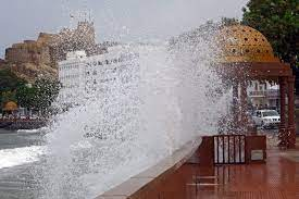 """سلطنة عُمان تصدر التحذير الرابع حول الإعصار """"شاهين"""".. إليكم أبرز تطوراته  ومناطق تأثيره - CNN Arabic"""