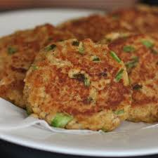 a clic and easy recipe for salmon cakes that es together in minutes serve these