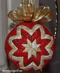 red and gold quilted ball ornament: got to learn how to make these ... & red and gold quilted ball ornament: got to learn how to make these! check Adamdwight.com