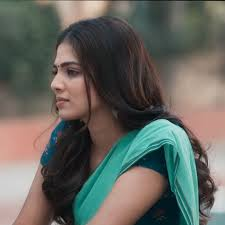 Master actress Malavika Mohanan Beautiful Pics | Moviezupp