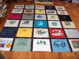 How to Make a Tshirt Quilt: 19 DIY Tutorials | Guide Patterns & Tshirt Memory Quilt Adamdwight.com