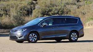 Perfect People Movers 2018 Minivan Comparison Guide