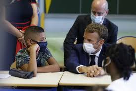"""Macron à Marseille. Parents et profs déçus par les annonces : """"Nos élèves ne sont pas des rats de laboratoires"""""""