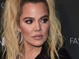 Born in los angeles, khloé alexandra kardashian is a model, actress, and businesswoman who became famous with the reality tv series keeping up with the kardashians (2006) where she shared the success with her family, most notably her older sister kim kardashian. Khloe Kardashian Posts Revealing Videos To Prove Point New York Daily News