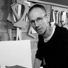 Jacques Billey, ébéniste, membre de l'association Pictura ...