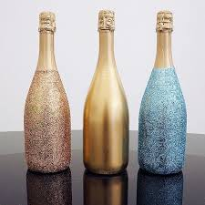 How To Decorate A Bottle With Glitter