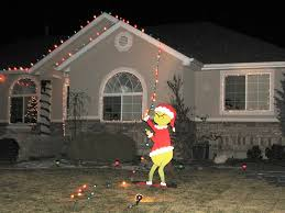 Image of: Grinch Lawn Decoration
