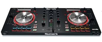 amazon com numark mixtrack pro 3 usb dj controller trigger amazon com numark mixtrack pro 3 usb dj controller trigger pads serato dj intro includes built in sound card musical instruments