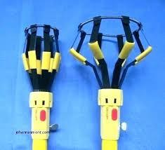 chandelier light bulb changer r light bulb changer beautiful giraffe candelabra changing pole candelabra light bulb