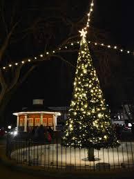 Kansas City Mayor S Christmas Tree Lighting Ceremony Santa Claus Is Coming To Paola On Nov 29 Local News