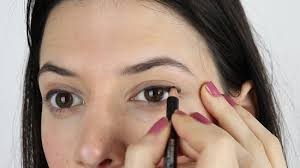 how to apply makeup for a natural look