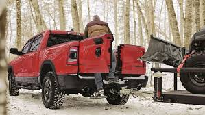 2019 Ram 1500 introduces a 4-way tailgate for easy loading