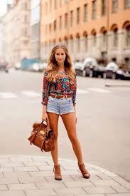 Light Shorts Outfit Fresh Outfit Ideas With Denim Shorts 2020 Fashiontasty Com