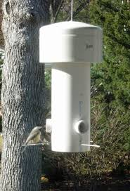 a squirrel proof bird feeder designed and built by grant maclaren final design at bottom of this page