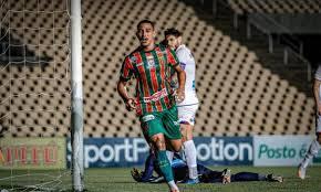The club sampaio correa plays for the country brazil. Serie B Sampaio Correa Vence Parana E Ainda Sonha Com Acesso