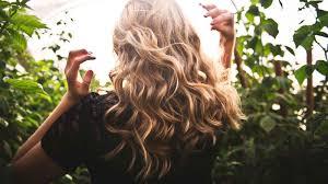 Trockene Haare 10 Hilfreiche Hausmittel Tricks Die Sofort Helfen