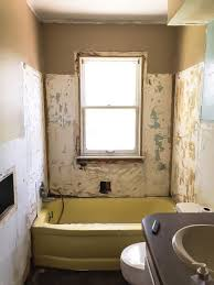 pin this how to paint a bathtub looking for an inexpensive way to change the bathtub in