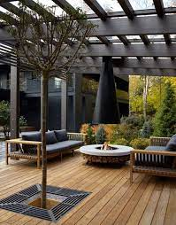 covered outdoor seating area ideas