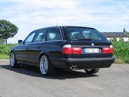 BMW 3 Series bmw m5 engine specs : M5 Touring (E34) 3.8 (340 Hp)
