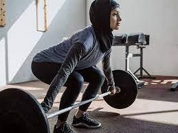 calories burned lifting weights vs