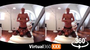 She wants to cum solo in 360 Virtual 360 XXX