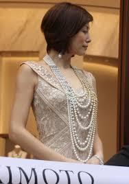 米倉涼子総額2億円のジュエリー身につけ重み実感 米シカゴ公演に