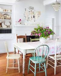 erin found the dining room table in the barn and imately fell in love with the