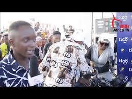 Demu apigwa mtungo na masela gheto : Demu Apigwa Mtungo Na Masela Gheto Demu Apigwa Mtungo Na Masela Gheto Aliwa Mchana Kweupe Mke Wa Mtu Youtube Cute766 Jasmine Daily Blogs Mfanyie Mpenzi Wako Hivi Kitandani Cole Culligan