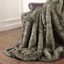 Wild Mannered Tawny Fox Faux Fur Throw Blanket & Reviews | Wayfair & Tawny Fox Faux Fur Throw Blanket Adamdwight.com