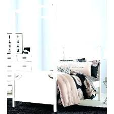 decoration: Canopy Bed With Storage
