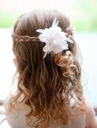 Image Coiffure Mariage Petite Fille Cheveux Court Tresse