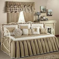 daybed bedding chic daybed bedding add style to your bedroom daybed bedding pink daybed bedding