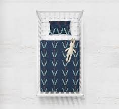 Feathers and Arrows Navy Blue Baby Quilt – The Echo Store &  Adamdwight.com