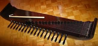 Kamu pernah bermain alat musik tradisional, belum? 15 Alat Musik Daerah Dan Asalnya Gambar Lengkap