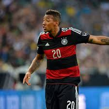 Boateng and senler have two children together, soley and lamia; Jerome Boateng Hat Sich Mit Seiner Freundin Sherin Verlobt Fc Bayern