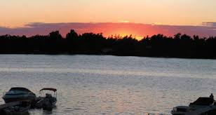 1000 islands clayton ny mils motel cottage rentals located only two miles from downtown clayton mils motel and cottages are only minutes from the antique boat museum the thousand islands bridge