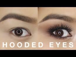 hooded eyes makeup tutorial you beauty applying eyeshadow hooded eyes and eyeliner