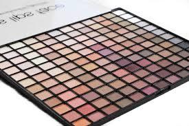 good makeup palettes. top holiday palettes 2017 makeup geek good m