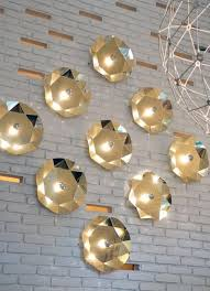 Lighting Fixtures And Modern Wall Decorating Ideas