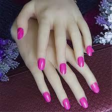 Las uñas acrilicas se forman por la combinación de un polímero en polvo y un liquido especial. Amazon Com 24 Piezas Con Pestanas Adhesivas Unas Acrilicas Negras Pequenas Redondas Color Rosa Cabeza Ovalada Corta Unas Falsas Color Caramelo Unas Postizas Beauty