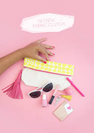 create a diy no sew clutch with a mini canvas tote bag and just a few