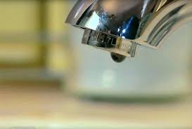 how do you fix a leaking faucet marvelous how to fix leaky bathroom sink how article how do you fix a leaking faucet